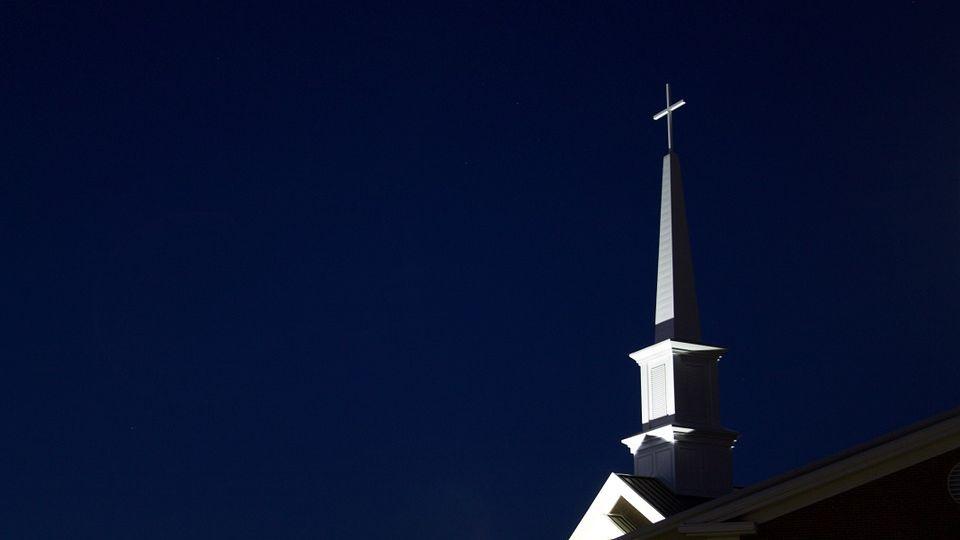 steeple-812885_960_720